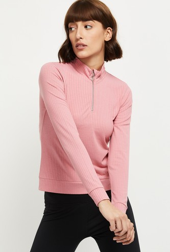MAX Solid High-Neck T-shirt