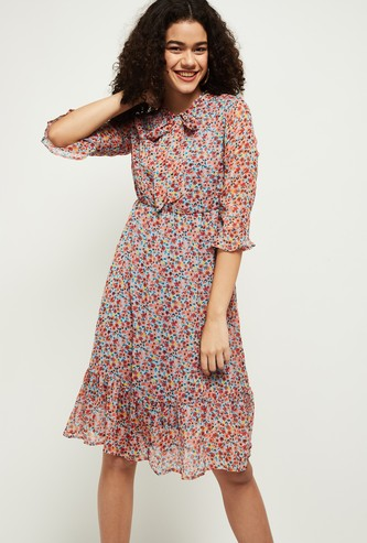 MAX Printed Tie-Up Neck A-Line Dress