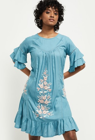 MAX Embroidered Three-quarter Sleeves Dress