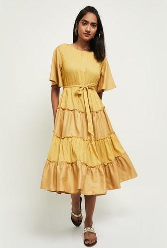 MAX Colourblocked Round Neck Tiered Midi Dress