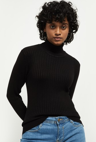 MAX Ribbed Turtle Neck Sweater