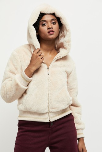 MAX Textured Full Sleeves Hooded Sweater