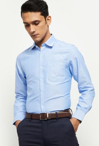MAX Solid Spread Collar Formal Shirt
