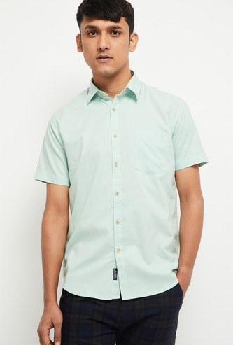 MAX Solid Smart Casual Slim Fit Shirt