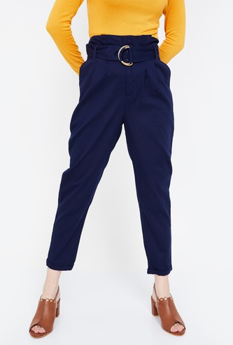 GINGER Solid Regular Fit Cropped Trousers