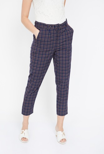 GINGER Checked Regular Fit Cropped Pants with Belt