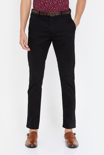 FAME FOREVER Solid Slim Tapered Casual Trousers