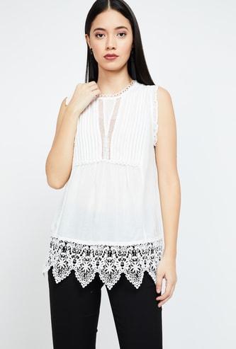VERO MODA Pin-tucked Regular Fit Sleeveless Top with Embroidered Hemline