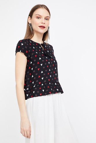GLOBAL DESI Geometric Print Cap Sleeves Top
