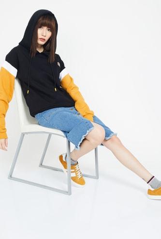 CAMPUS SUTRA Colourblock Hooded Sweatshirt