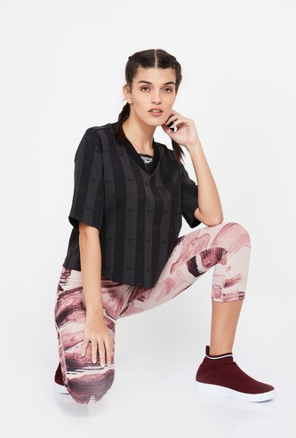 REEBOK Striped Regular Fit T-shirt with Baseball Collar
