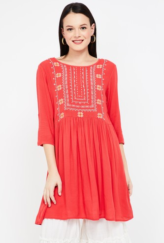 COLOUR ME Embroidered Three-quarter Sleeves Tunic