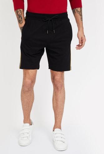 FAME FOREVER Solid Regular Fit Shorts