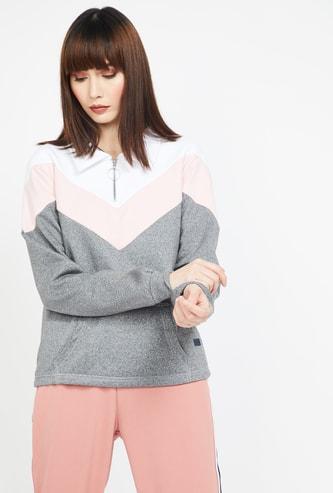 CAMPUS SUTRA Colourblock Sweatshirt with Kangaroo Pockets