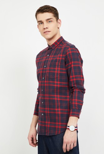 FAME FOREVER Checked Slim Fit Casual Shirt