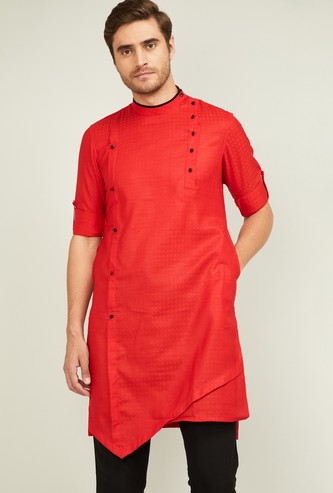 MANYAVAR Men Checked Asymmetric Kurta
