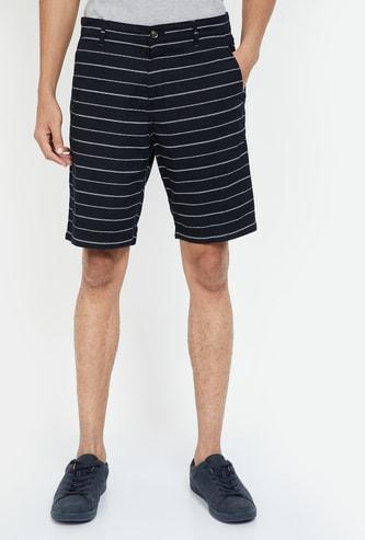 FAME FOREVER Striped Regular Fit Shorts