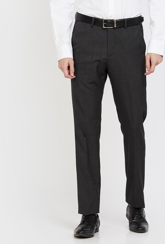 ARROW Textured Slim Tapered Flat-Front Trousers