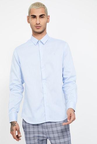INDIAN TERRAIN Solid Slim Fit Casual Shirt