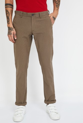 INDIAN TERRAIN Checked Slim Fit Casual Trousers
