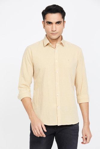 V DOT Checked Full Sleeves Slim Fit Shirt