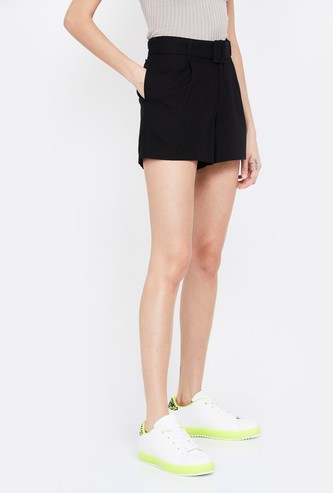 VERO MODA Solid Shorts with Belt