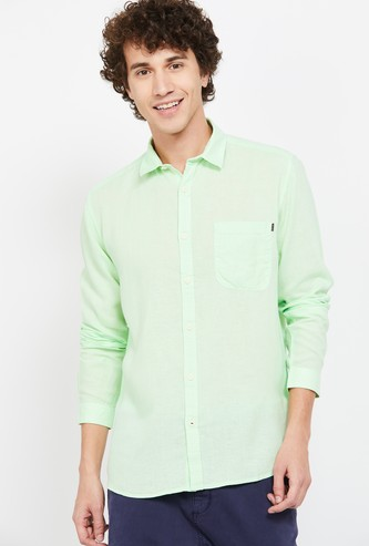 VOI JEANS Solid Slim Fit Casual Shirt