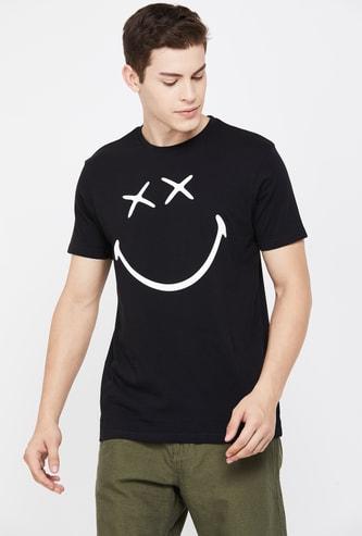 SMILEY Men Printed Regular Fit T-shirt