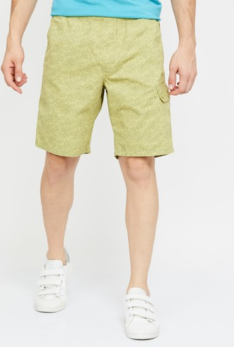 T-BASE Printed Regular Fit Shorts