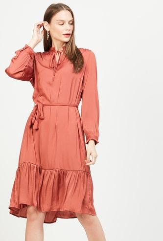 VERO MODA Solid A-line Dress with Sash Tie-Up