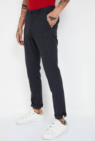 VH SPORTS Textured Slim Fit Casual Trousers