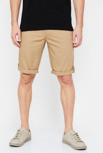 INDIAN TERRAIN Men Textured Slim Fit Shorts