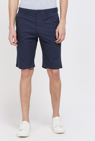INDIAN TERRAIN Textured Slim Fit Shorts