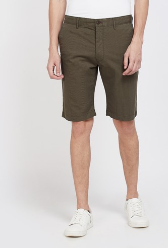 INDIAN TERRAIN Solid Slim Fit Shorts