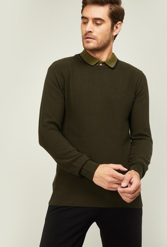 CODE Men Solid Ribbed Sweater