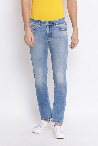 NUMERO UNO Men Stonewashed Slim Tapered Jeans with Stonewash Effect