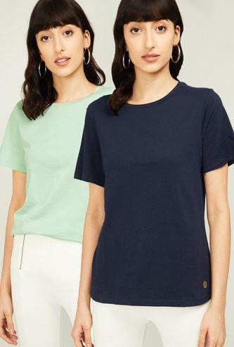 VAN HEUSEN Women Solid Round Neck T-shirt- Pack of 2