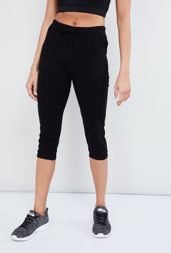 MAX Solid Drawstring Detail Capri Pants