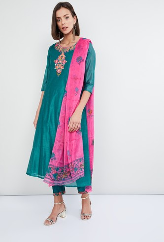 MAX Embroidered Kurta with Ethnic Pants and Dupatta - Set of 3 Pcs.
