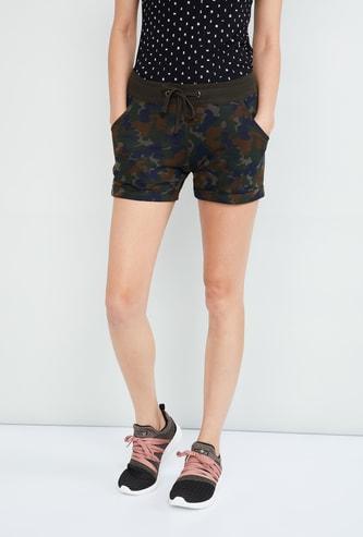 MAX Textured Shorts