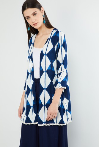 MAX Geometric Print Three-quarter Sleeves Shrug