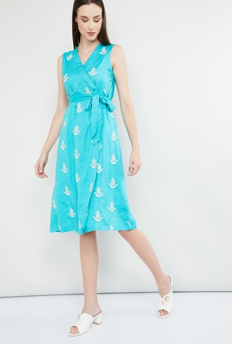 MAX Floral Embroidery Sleeveless Wrap Dress
