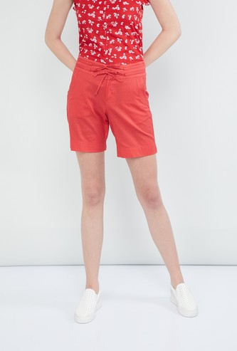 MAX Solid Drawstring Detail Shorts