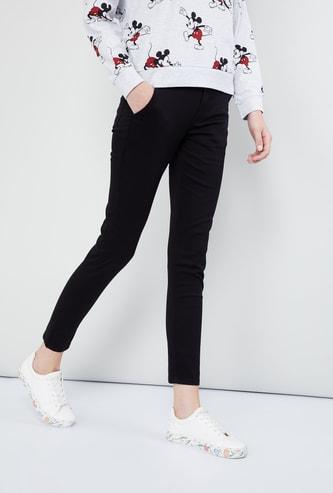 MAX Solid Skinny Fit Pant
