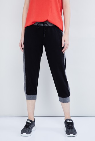 MAX Colourblocked Textured Capris with Drawstring Detail