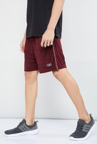 MAX Textured Knitted Shorts