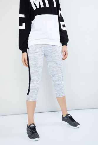 MAX Textured Knitted Capris