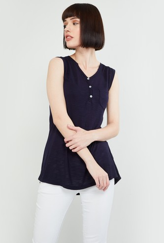MAX Textured Sleeveless Top