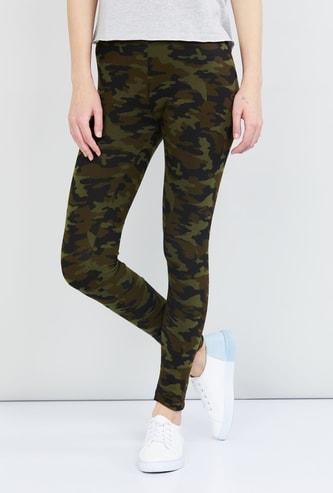 MAX Camouflage Print Leggings
