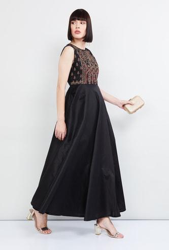 MAX Yoke Designed Maxi Dress